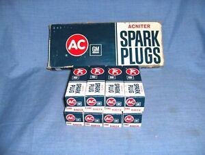#529* - LOT OF 8 AC-DELCO SPARK PLUGS - OE - R46SX - BUICK, OLDSMOBILE, PONTIAC