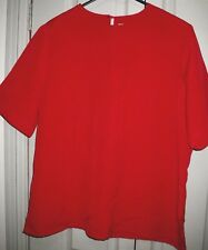 Stunning Pelaco 16 Silky Red Relaxed Fit Keyhole Button Back Short Sleeve Top