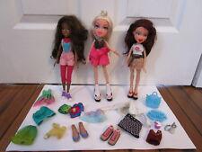 Lot of 3 Bratz 2001, 2009 & 2015  Doll/dolls + Clothes, Bag,Shoes,Lips Brush 2