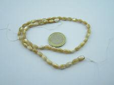 1 filo di madreperla naturale beige/bianco prima scelta cabochon ovali mm. 8x5