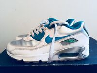 2015 Youth Nike Air Max 90 White Blue Silver Size 5Y Used Rare NDS Running