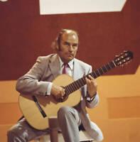 Julian Bream British Classical Guitarist 1970 OLD MUSIC PHOTO