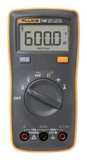 Fluke 106 Palm-sized Digital Multimeter