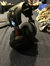 Razer ManO'War Wireless 7.1 Surround Sound Chroma Headset