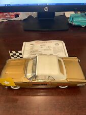 New ListingDanbury Mint 1961 Ford Gold Thunderbird Indy 500 Pace Car W/ Flags Title No Box