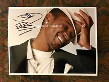 USHER RAYMOND signed 11 x 8.5 color photo