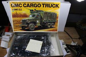 TOMY HF 3521 GMC CARGO TRUCK 2.5 T U.S. ARMY CCKW 353 1:35 OVP