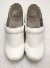Womens Size 39 US 8.5-9 DANSKO White Leather Professional Nursing Loafer Clogs