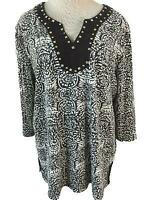 Coral Bay Woman knit top size 1X black white beaded neckline 3/4 sleeve