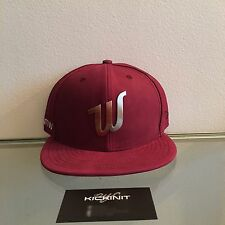 """RWTW X KITH NEW ERA FITTED CAP """"BURGUNDY"""" SIZE 7 1/2 IN HAND"""