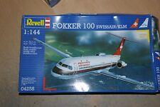 REVELL 1:144 FOKKER 100 SWISSAIR/KLM   04258