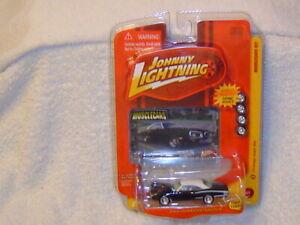 JOHNNY LIGHTNING WHITE LIGHTNING MUSCLE CARS 70 DODGE SUPER BEE
