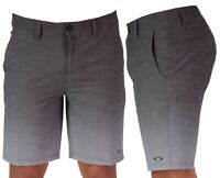 Oakley Leo Gradient Golf Shorts - 4 Way Stretch - RRP£60 - Slim Fit - Modern Cut