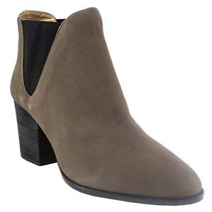 G.I.L.I. 'Baldwyn' Stonewall Grey High Heel Leather Ankle Boots - Women's - 9M