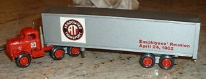Associated Transport '82 Employees' Reunion Winross Truck