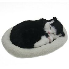 Emulation Sleeping Breathing Cat Toy Pet with Woolen Bed black(Black & Whit L1V8