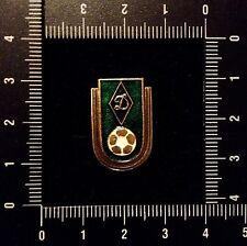 Soviet Vintage Pin Badge USSR. DINAMO - Club de Football Russe. ФУТБОЛ ДИНАМО