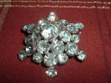 "RARE Vintage 1950s WOMEN'S 25 CLEAR CRYSTAL GLASS BROOCH 2"" inches Around Flower"