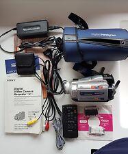Video cámara digital SONY DCR-TRV24E