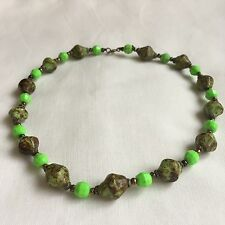 1970s Green Necklace Art Deco Style Faux Green Agate 16in gift party