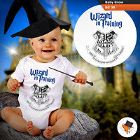 WIZARD IN TRAINING HOGWARTS BABY GROWS HARRY POTTER THEME BODYSUIT VEST GIFT