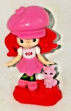 Strawberry Shortcake Figurine with Cat A6-1