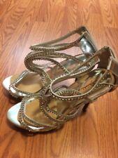 EUC! Womens Marichi Mani Silver Cuff Embellished Prom Wedding Shoes Heels Size 9