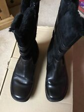 Hush Puppies Black Boots Size 6