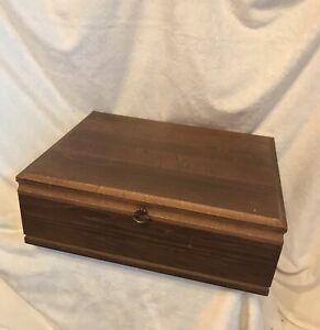 Vintage 1970s ONEIDA Flatware Hollowware Mahogany Wood Storage Chest Case