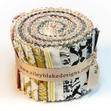 """Lost & Found Christmas 2.5"""" Rolie Polie/Jelly Roll-Riley Blake Designs/Patchwork"""
