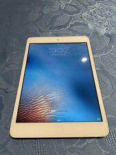 Apple iPad mini 1st Gen. 16GB, Wi-Fi, 7.9in - White & Silver