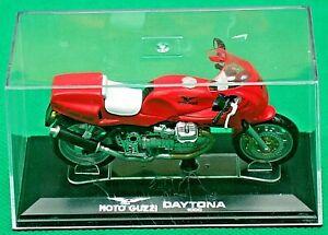 Moto Guzzi, DAYTONA 1000, 1:24 Scale Model, In Display Case, Starline Models!
