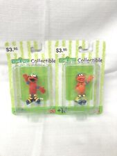 Fisher Price 2001 Roller Skating Sesame Street Collectible Action Figure Elmo