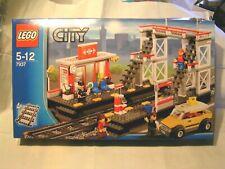 LEGO TRAIN    -   LA GARE ET SA PASSERELLE   -  BOÎTE SCELLEE ref  7937
