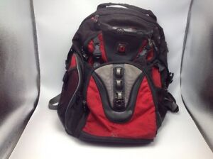 """Swiss Gear  Synergy Laptop Computer Backpack up to 16"""" Padded Straps"""