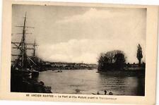 CPA  Ancien Nantes - Le Port et l'Ile Mabon avant le Transbordeur   (223223)