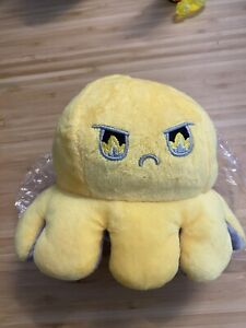 Grumpy Octopus Plushie Reservable Plush Toy Yellow and Grey