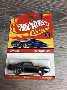 HOT WHEELS CLASSICS SERIES 3, #27 of 30, 1969 PONTIAC GTO Redlines New Toy Car
