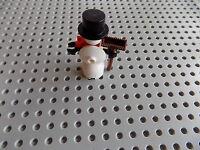 Mr Mrs Frosty XMas Tree Christmas Holiday Snowman Minifigure w// Broom LEGO
