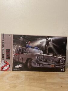 *NEW MINT* ECTO-1 Model 1:18 Scale Hasbro Ghostbusters ECTO 1 GHB Plasma Series