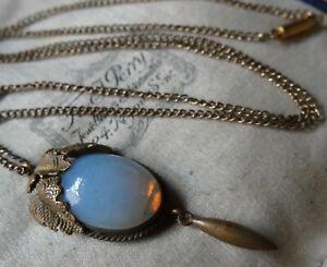 antique Edwardian art deco opal glass flower pendant gold tone chain -Z66