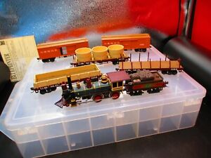 HO Scale Old Time Civil War Locomotive & 5 Freight Cars