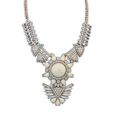 Crystal & Pearl & Rhineston necklace White/Beige