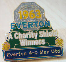 EVERTON v MANCHESTER UNITED Victory Pin CHARITY SHIELD Badge Maker Danbury Mint