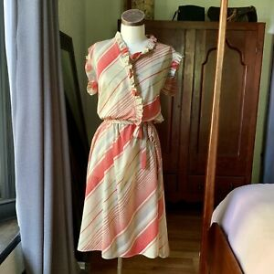 VINTAGE Day Dress Red Stripes Ruffles CUTE!! S/M