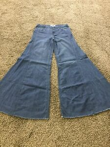 FREE PEOPLE VINTAGE EXTREME FLARE SUPER WIDE LEG JEANS 26 NEW