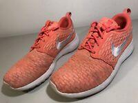 Nike Rosherun Flyknit Hot Lava White Orange Sneakers 704927-800 Women's Size 8.5