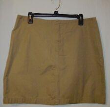 Women's  Gap Skirt  Zips in front  Back Pocket Buttons  Size 14