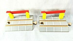 Thomas and Friends 2 wood BRIO Railway Train Track Crossing Road Intersection