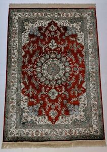Soft feel Vivid look Classic Red Rug 4x6 feet Silk Hand-knotted  225 KPSI China